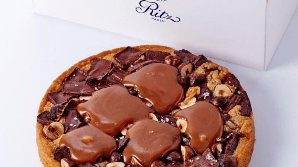 La Recette du Cookie Géant Chocolat-Noisettes du chef pâtissier du Ritz François Perret !