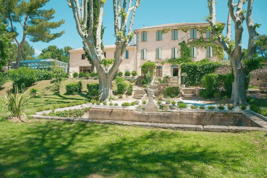 Gaodina : Le Spot de l'été par excellence vous accueille dès le 19 mai dans un magnifique Domaine Provençal !