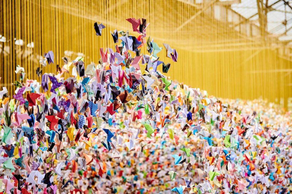 Des Milliers d'Oiseaux en Papier investissent le Mucem pour un Projet Artistique et Solidaire !