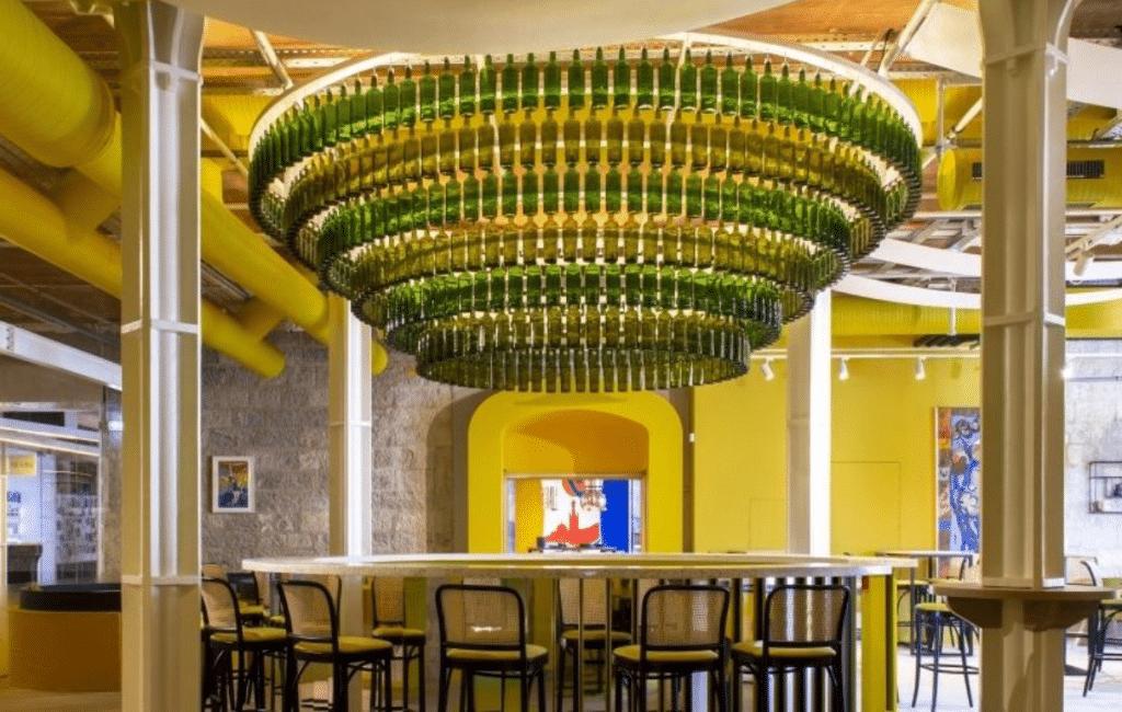 MX, le Concept Store géant 100% dédié au Pastis vient d'ouvrir ses portes à Marseille !