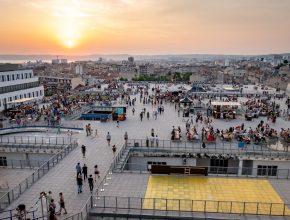Festival Utopia : Des DJ sets, concerts en rooftop et marché solidaire à Marseille à la rentrée !