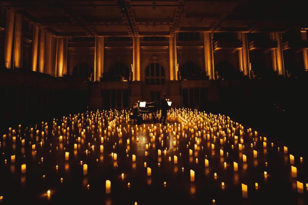 Candlelight : toute la douceur de Ludovico Einaudi dans un concert au Théâtre Toursky!