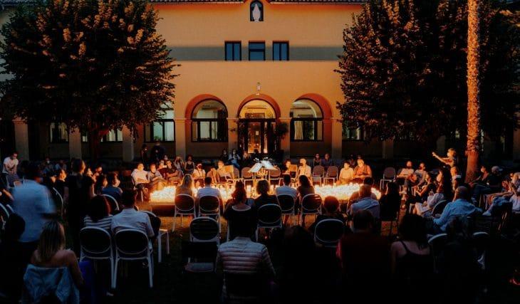 Candlelight Open Air : Les 4 Saisons de Vivaldi à la bougie, au cœur du Cloître de Marseille !