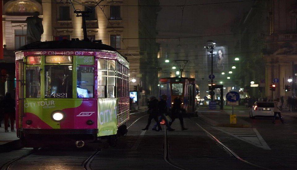 Cosa fare a Milano la sera da soli, in coppia o con amici