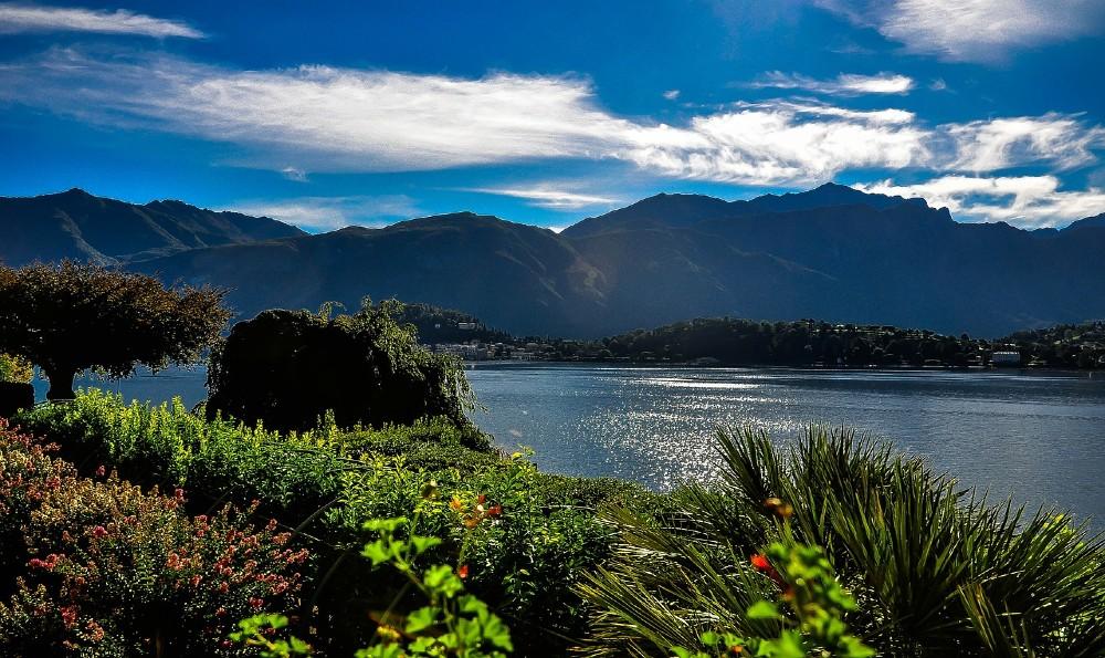 lago vicino milano