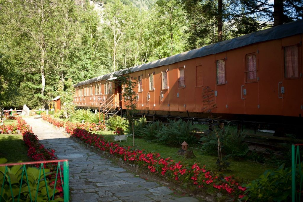 villaggio treno bimbi