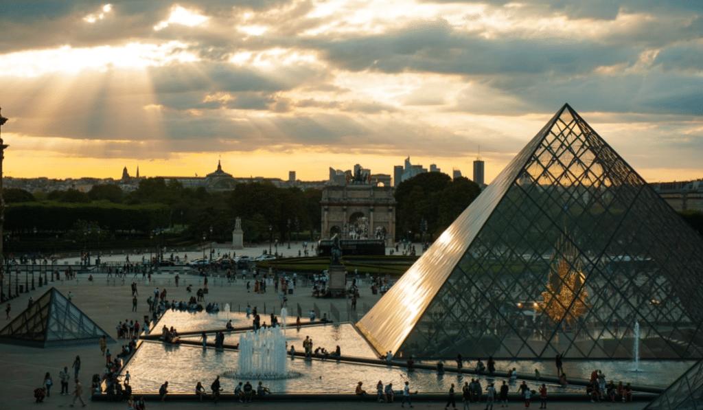 À défaut de pouvoir voyager, les plus grands musées d'Europe viennent à vous !