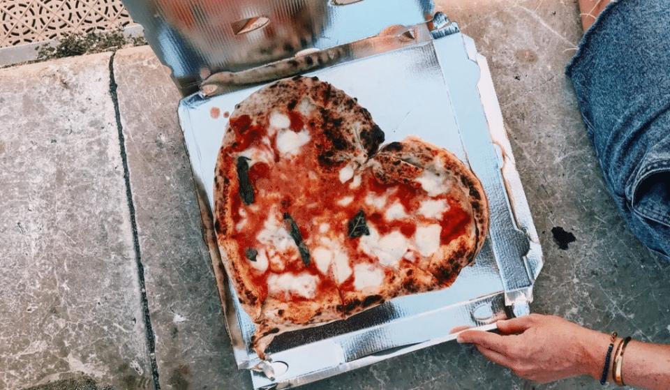 La plus célèbre pizzeria de Nice crée une pizza en hommage à Diego Maradona !