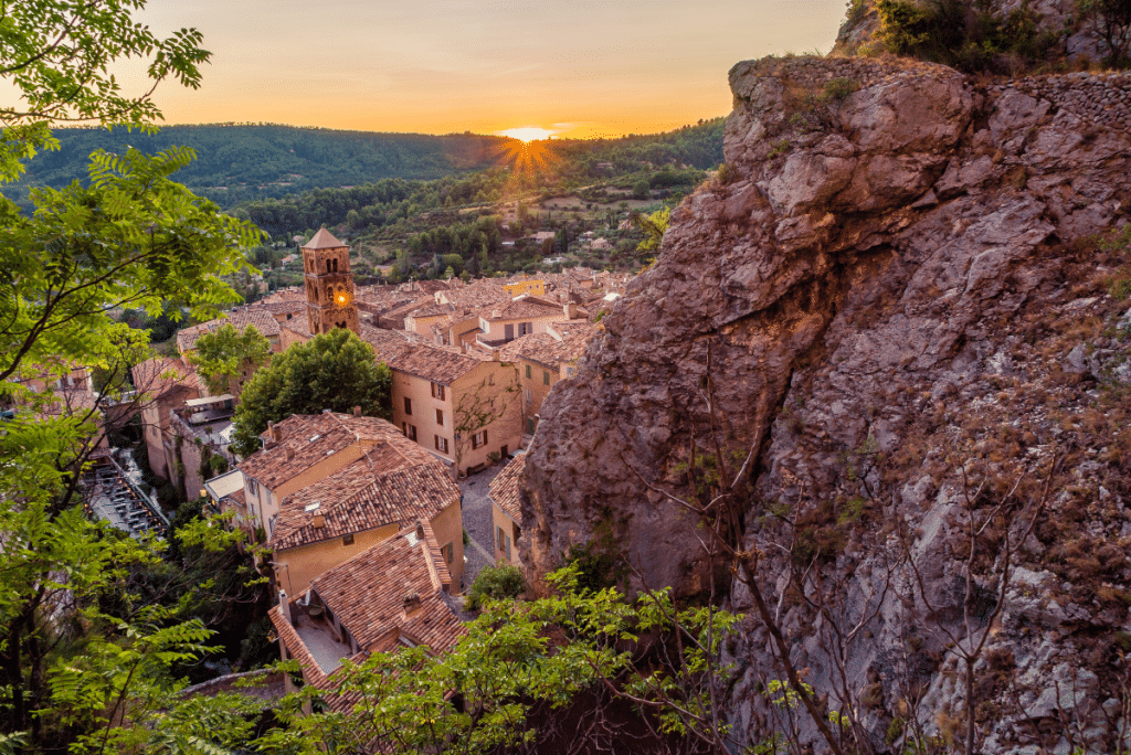 Le TOP 10 des plus beaux villages à voir autour de Nice !