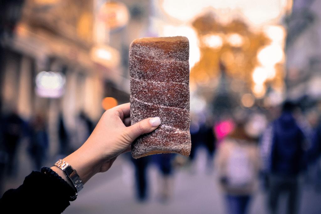 Avec Örven, les «Chimney Cakes» tout droit venus d'Europe de l'Est débarquent à Nice !