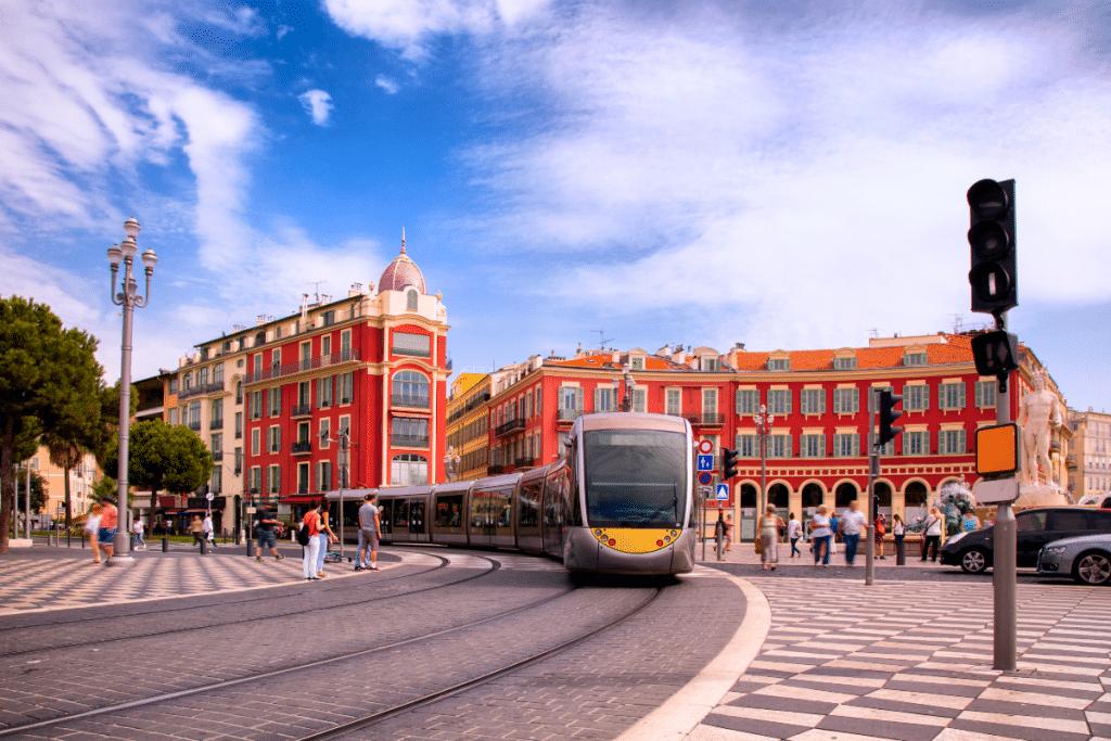 Nice : Les Transports seront Gratuits le weekend pour les 18-25 ans à partir du 1er Juillet !