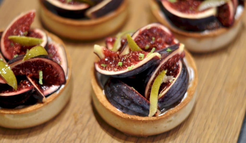 Douceurs artisanales, pâtisseries gourmandes & produits de saison chez Mano