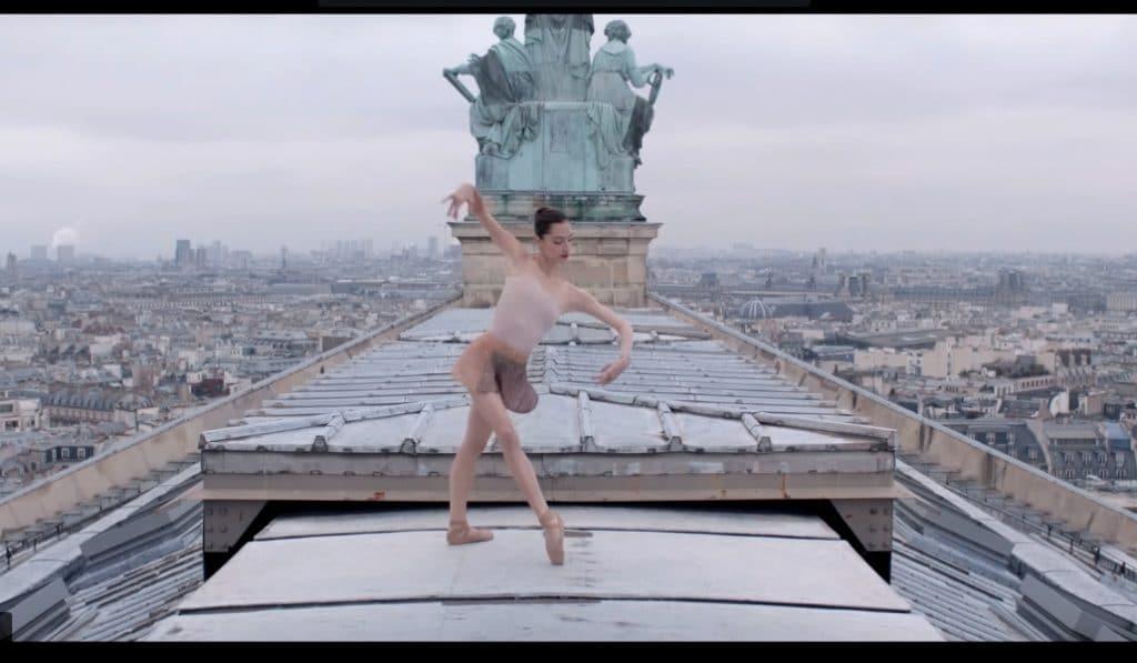 Ces danses dans les rues de Paris seront les plus belles choses que vous verrez aujourd'hui