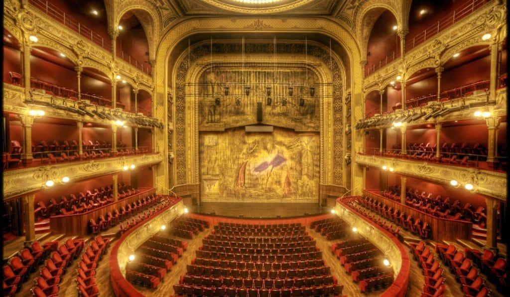 5 pièces de théâtre incontournables en salle ce mois-ci