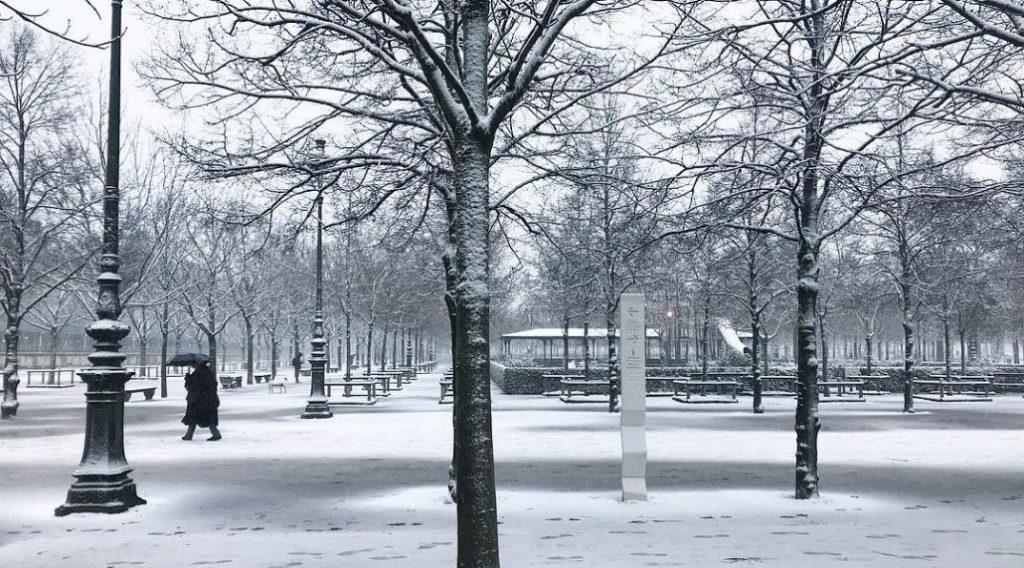 Il a neigé à Paris, vous voulez voir à quel point c'est beau ?