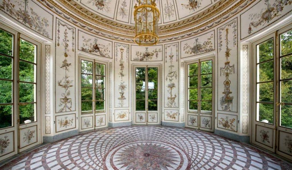 Pourquoi le château de Versailles devrait-être le prochain décor d'un film de Wes Anderson