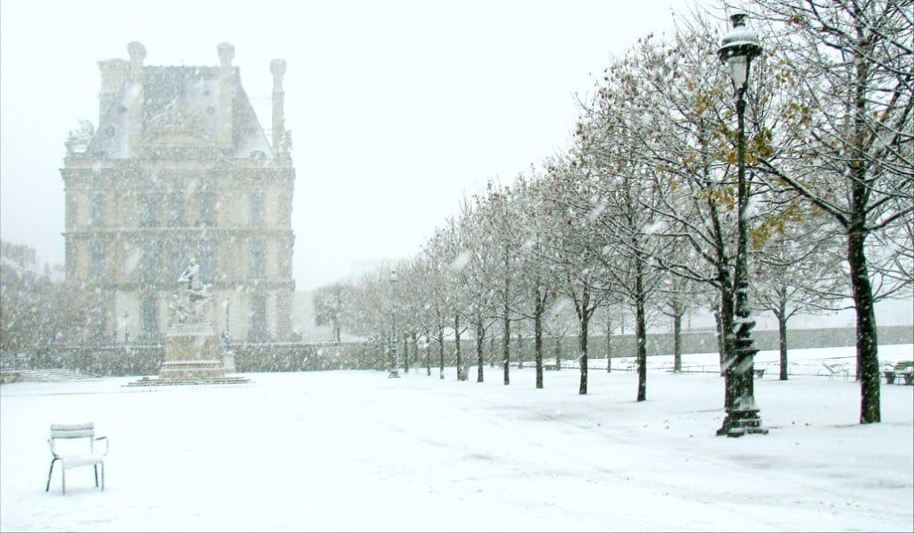 Les 18 tweets #neige #Paris auxquels vous n'échapperez pas
