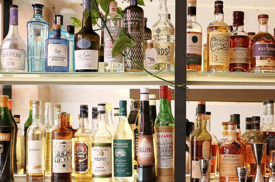 3 nouveaux bars à cocktails cosy à tester d'urgence