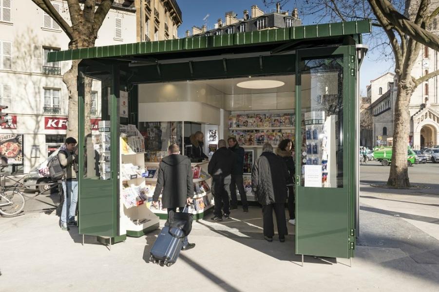 Paris va avoir des nouveaux kiosques à journaux!