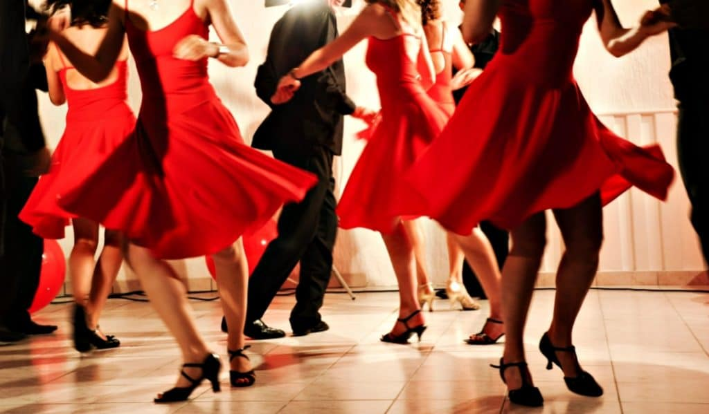 Apprenez à danser la Salsa ce week-end !