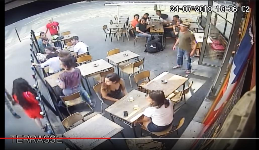 Frappée après avoir répondu à l'homme qui l'avait harcelée, elle publie la vidéo