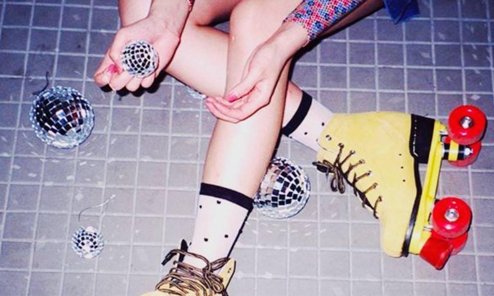 Fais la teuf en patins à roulettes à l'Aérosol tous les vendredis soirs !