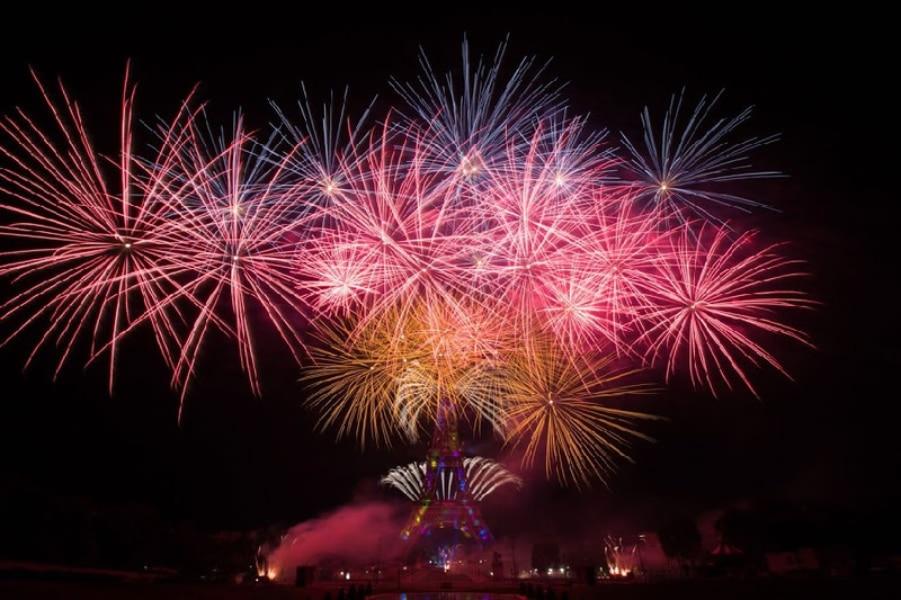 (Re)vivez le feu d'artifice du 14 juillet au travers des plus belles vidéos et photos !