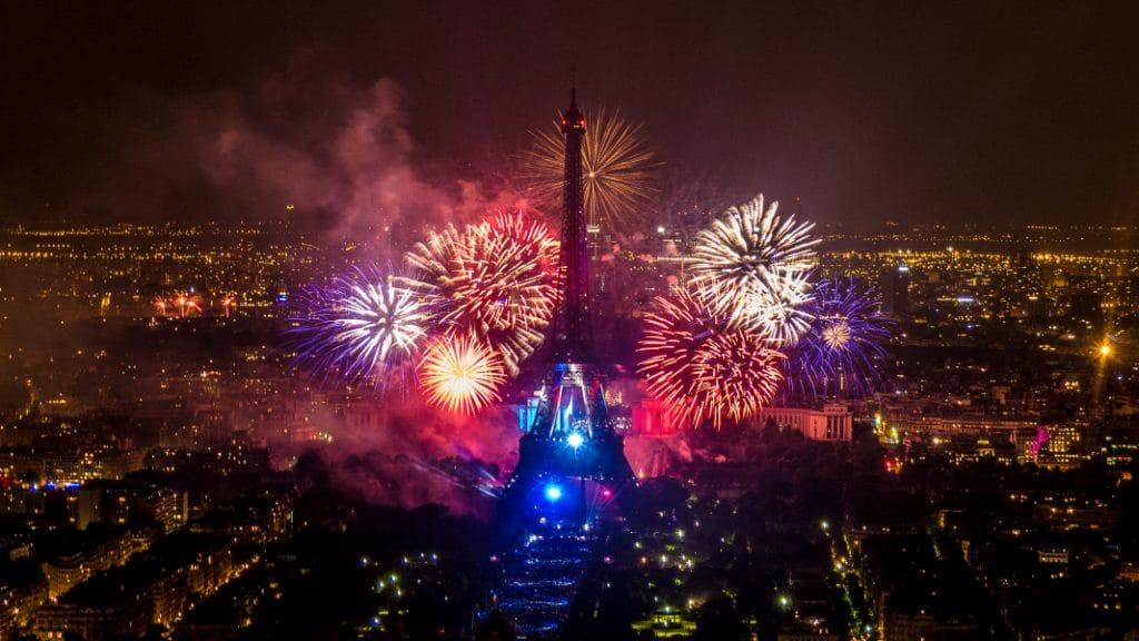 Découvrez les plus belles photos du 14 juillet sans bouger de chez vous !