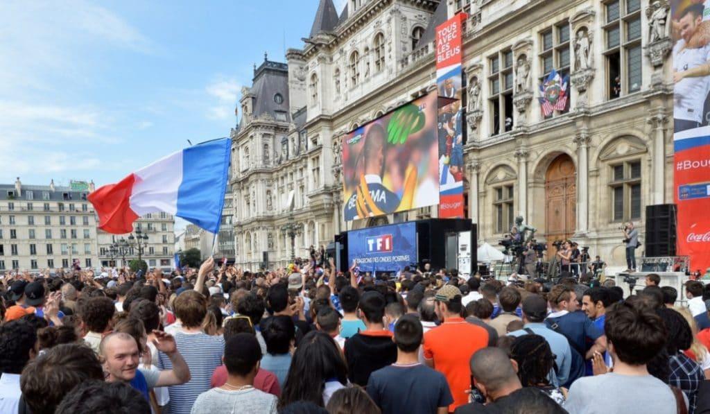 Coupe du monde : un écran géant sera installé sur le parvis de l'Hôtel de Ville demain