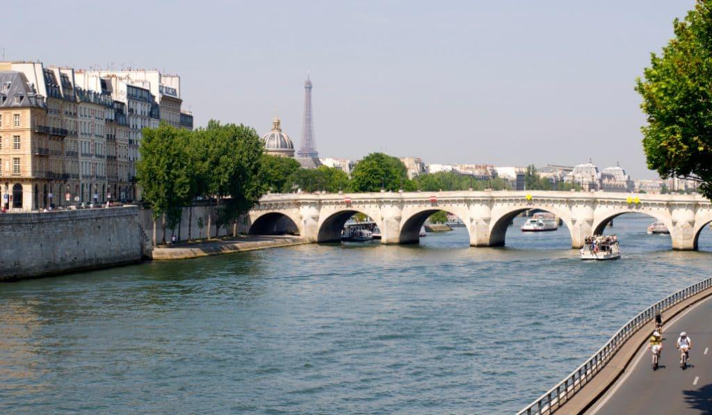 Se baigner dans la Seine : un rêve (coûteux) qui deviendra bientôt réalité