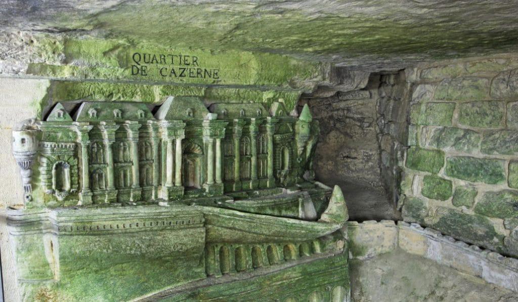 Les incroyables sculptures cachées dans les catacombes