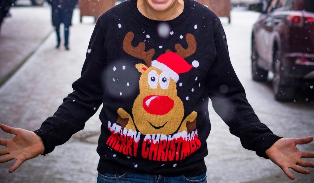 Participez au concours du pull moche de Noël