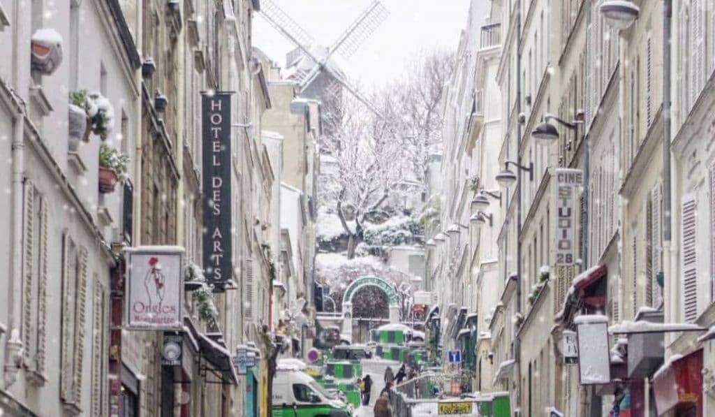 La neige revient en force cette semaine à Paris