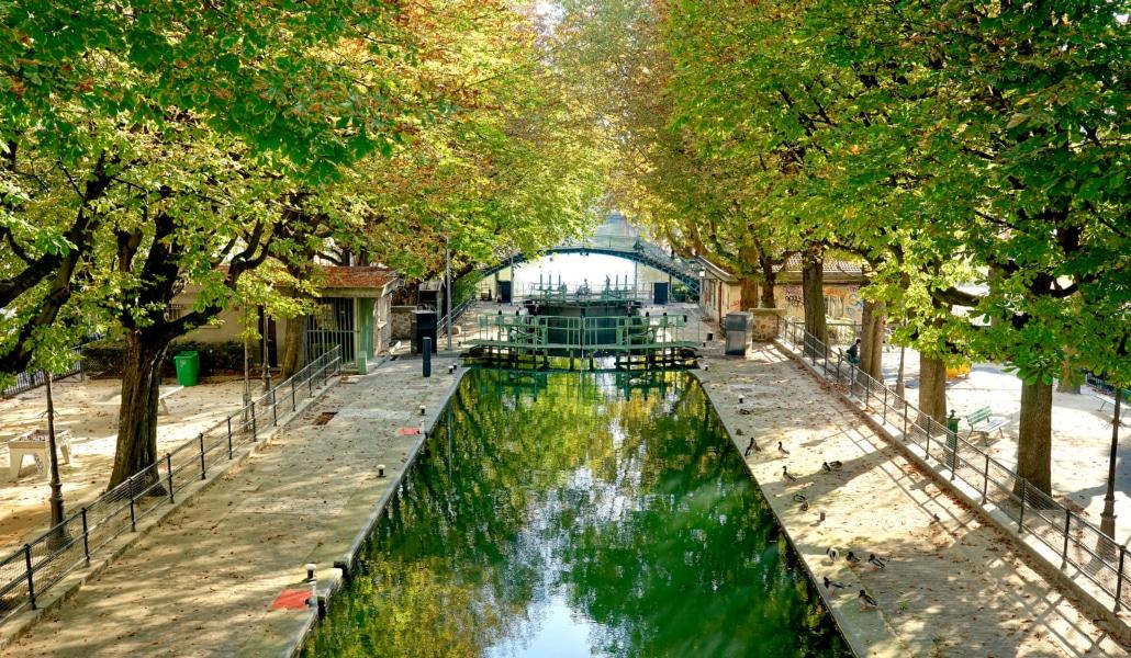 Paris inaugure son premier radeau végétalisé aujourd'hui !