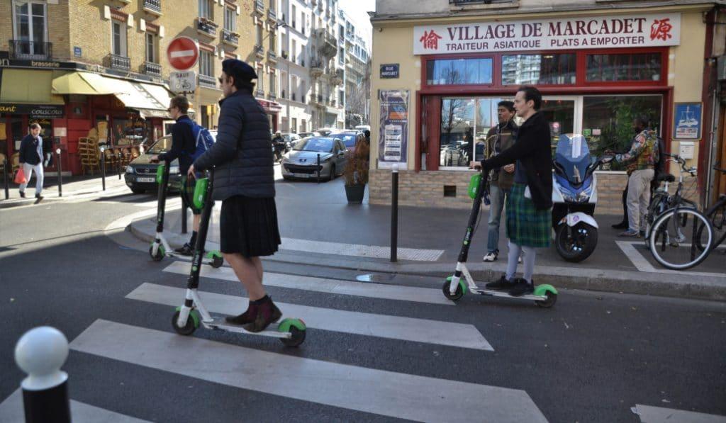 Trottinettes sur les trottoirs : les premières amendes tombent