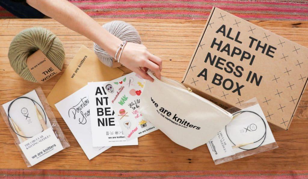 We Are Knitters lance une box spéciale pour se lancer dans le tricot