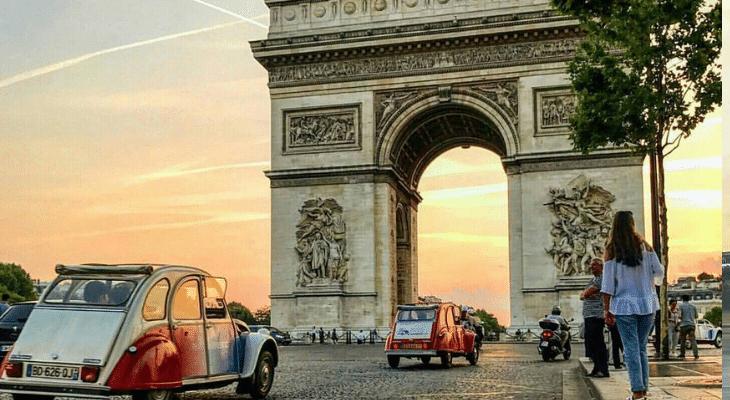 Insolite et authentique : La deudeuche ! 4 balades en 2CV pour redécouvrir Paris !