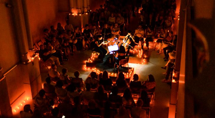 Candlelight : La magie de la musique classique à la lueur des bougies de retour à Paris !