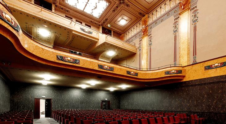 6€ 50 la place de cinéma au Louxor, j'adore, j'adore, j'adooooore !