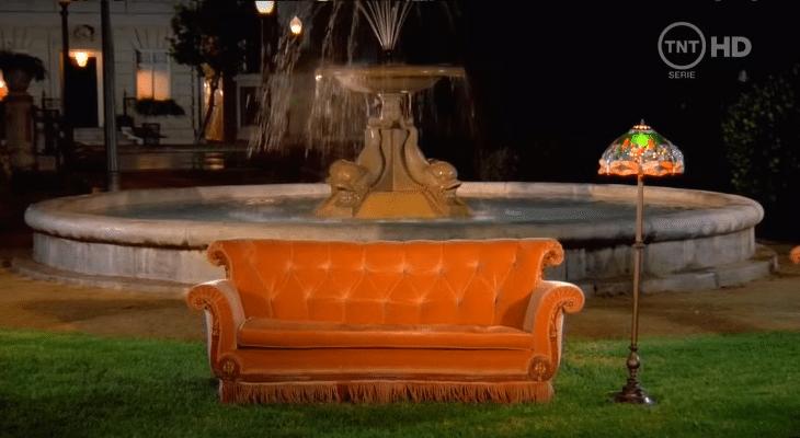 Le canapé de Friends s'installe à Paris en septembre pour les 25 ans de la série !