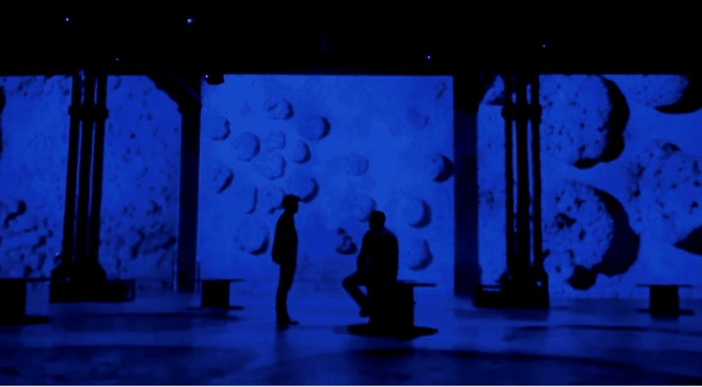 «Yves Klein, l'infini bleu» : une nouvelle exposition immersive arrive à l'Atelier des Lumières !
