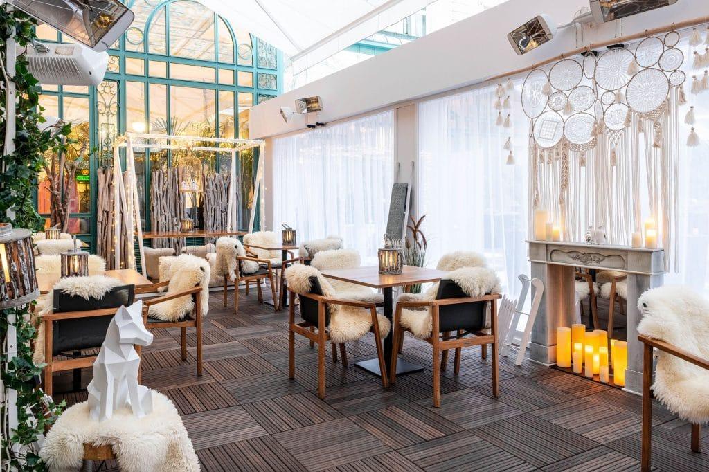 Le Cocon d'Hiver : un bar éphémère féérique s'installe dans le jardin d'un hôtel parisien !