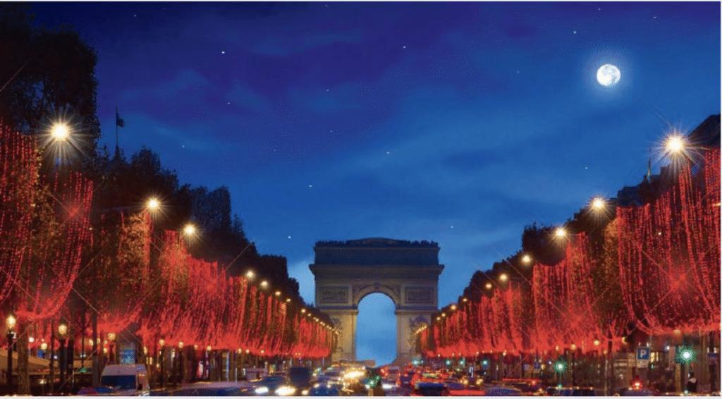 Paris féérique : retour des illuminations de Noël sur l'Avenue des Champs Elysées !