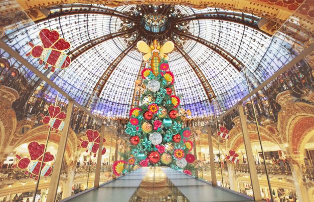 Une ruche de Noël s'installe aux Galeries Lafayette pour les fêtes !