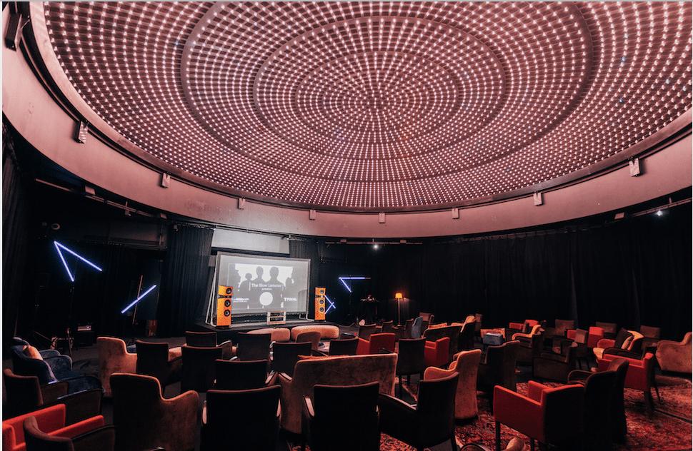 Candlelight : des concerts classiques à la bougie sous le dôme d'un Hôtel Particulier d'exception à Paris