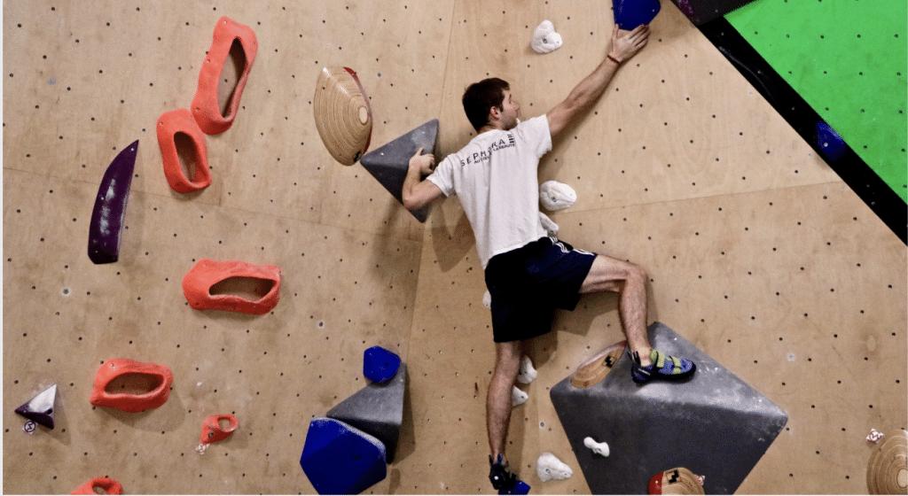 Vertical'Art, la nouvelle salle d'escalade de Pigalle qui vous emmène au sommet !