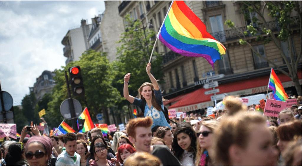 Gay Pride 2020 : la Marche des Fiertés LGBT+ à Paris officiellement reportée !