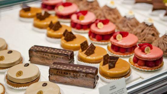Les pâtisseries du chef Pierre Hermé rouvrent à Paris !