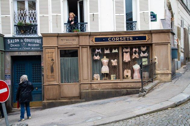 Cinéma : Deux rues de Montmartre restent plongées en 1942 pour un tournage !
