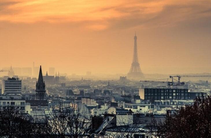 Une odeur de soufre en région parisienne affole les réseaux sociaux !